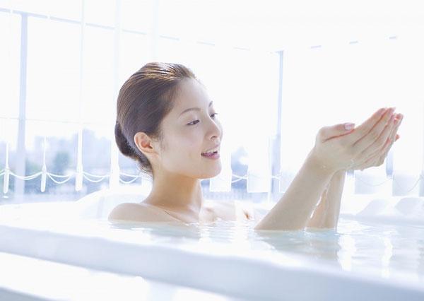 Top 3 cách trị hôi nách sau sinh hiệu quả - Trị mùi hôi nách